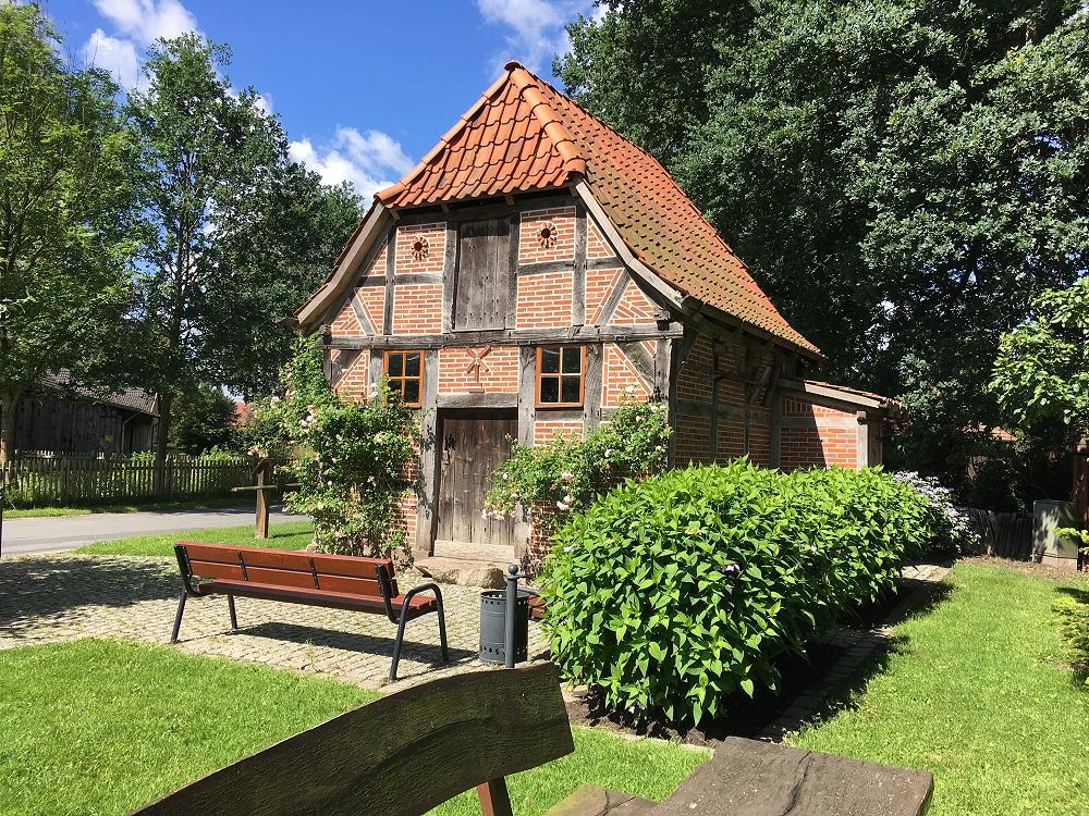 Rethorner Backhaus an der Wegespinne